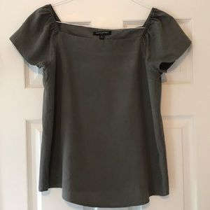 Army green short sleeve top